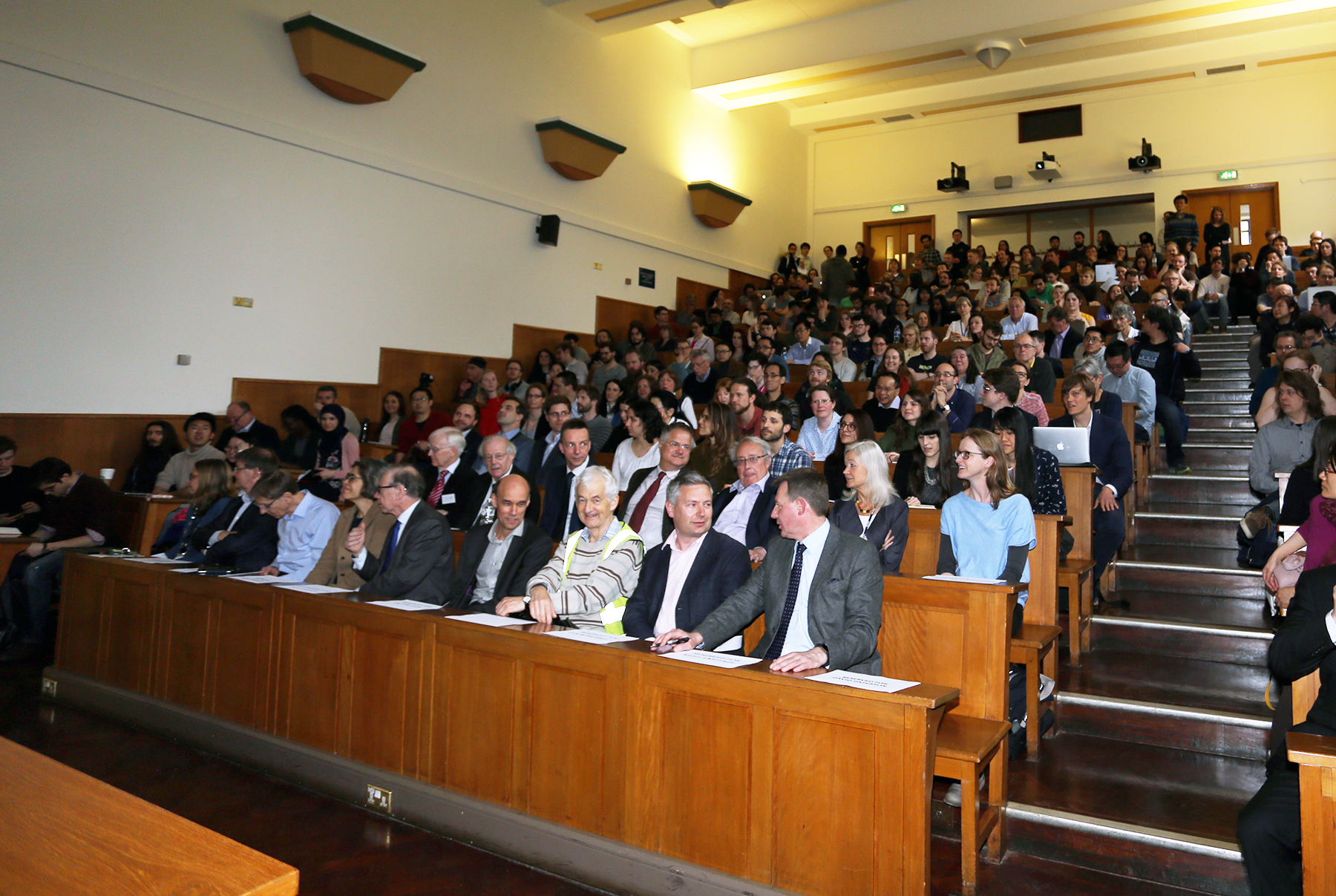 Large lecture theatre 1.jpg