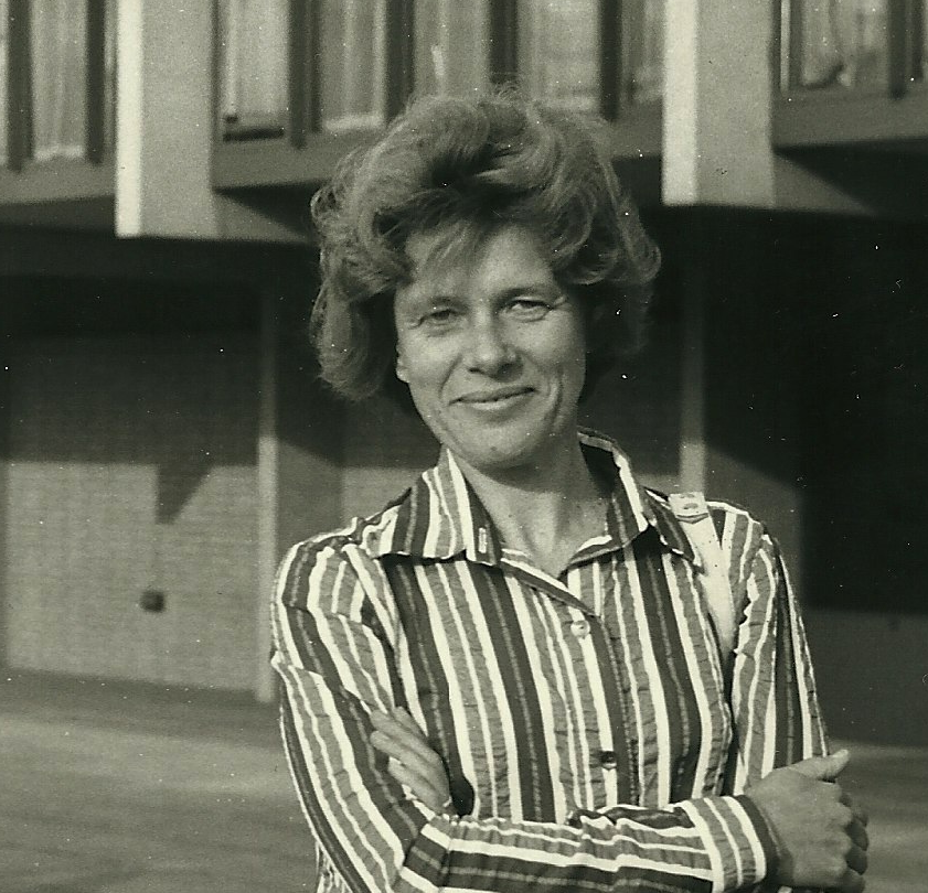 Marianne Fillenz stands in front of the Sherrington Building