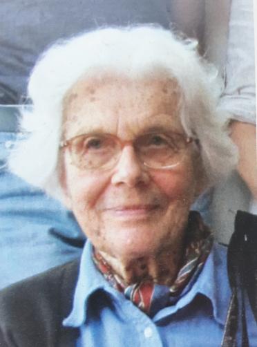 Portrait of an older Marianne Fillenz